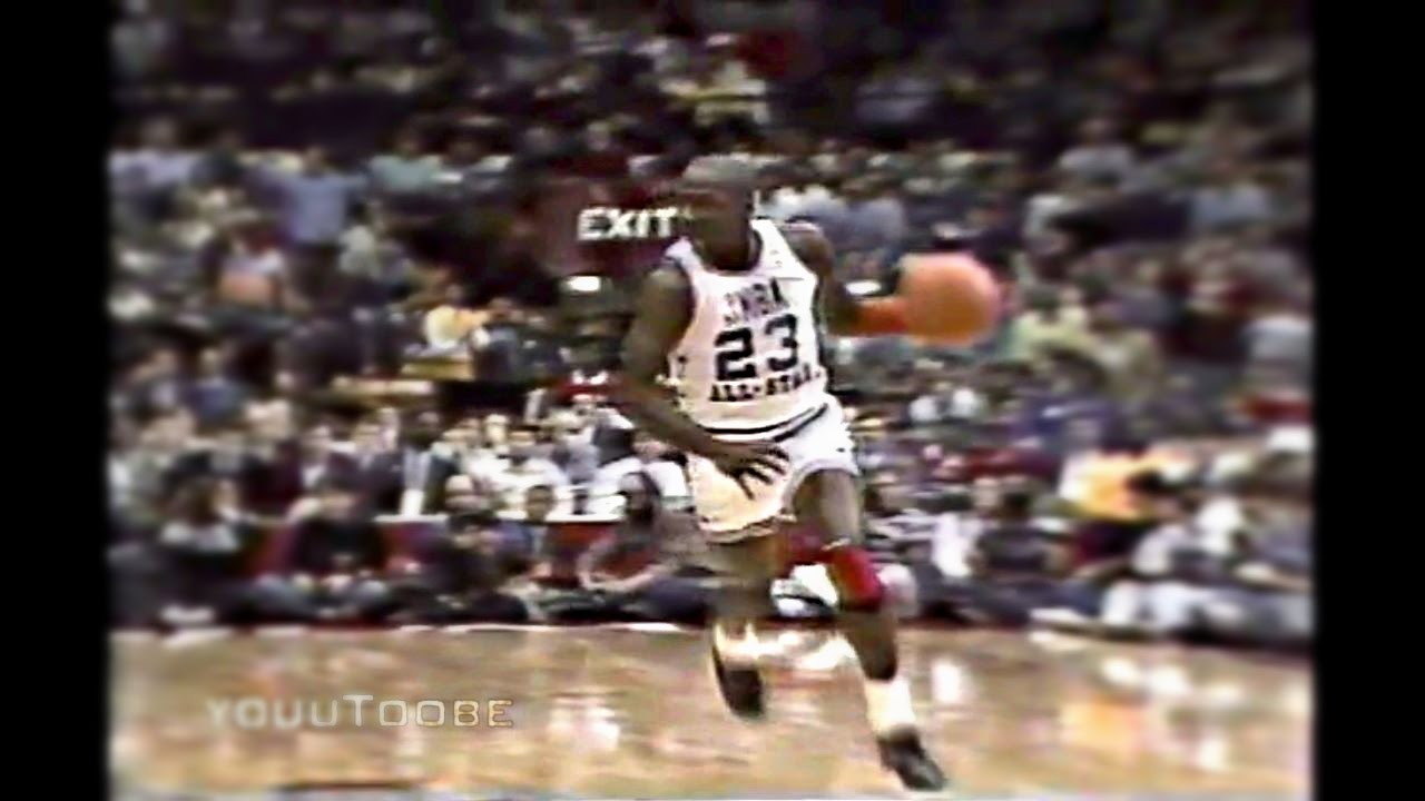 separation shoes 315a3 ee039 Michael Jordan Blocks Karl Malone and Show Time Dunk in 1988 ...