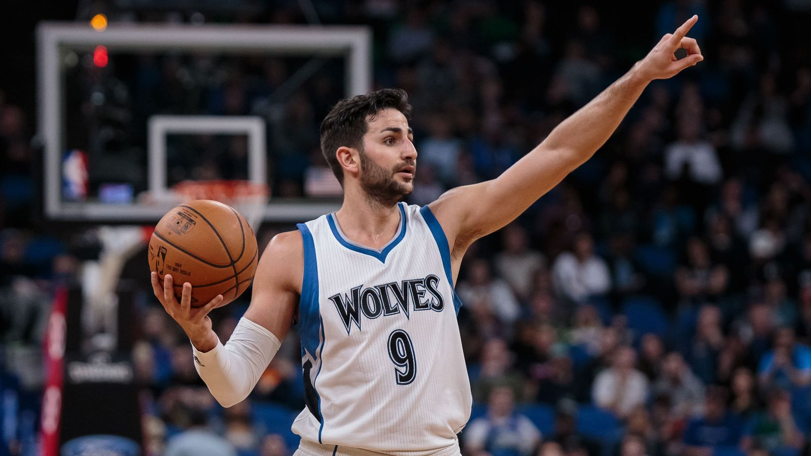 Ricky Rubio set a Timberwolves record with 10 assists in a ...